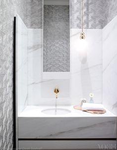 bathroom with dark wood, bathroom with stone, bathroom with glass, bathroom with marble, bathroom with granite, bathroom with turquoise, bathroom with slate, bathroom with gold, bathroom with sand, bathroom with crystals, bathroom with tile, bathroom with soapstone, bathroom with travertine, bathroom with silestone, bathroom with pebbles, bathroom with brass, bathroom with bronze, on bathroom designs with quartz coin