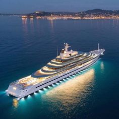 Yacht Design, Super Yachts, Big Yachts, Yacht Luxury, Luxury Penthouse, Luxury Travel, Luxury Cars, Expensive Yachts, Villefranche Sur Mer