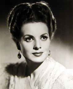 Maureen O'Hara, 1944