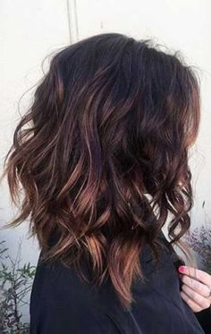 Gorgeous fall hair color for brunettes ideas (7)