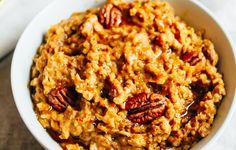 Slow Cooker Pumpkin Pie Oats http://www.prevention.com/food/6-slow-cooker-oatmeal-recipes/slide/5
