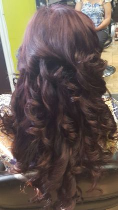 Updos, Hairstyles, Long Hair Styles, Beauty, Hair Dos, Haircut Designs, Beleza, Hairdos, Long Hairstyle