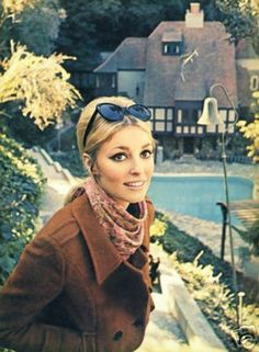 Sharon photographed outside Jay's home (formally the home of screen goddess Jean Harlow and her husband Paul Bern) in 1965.