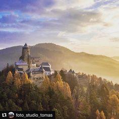 NA PÁNA  krásny Ľubovniansky hrad #praveslovenske od @foto_studio_tomas ..... #slovensko #slovakia #castle #lubovna #lubovnianskyhrad #history #historical #forest #trees #sky #adventure #hills #landscape #nature