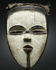 Bonhams : Fine African and Oceanic Art Arte Tribal, Tribal Art, Ceramic Mask, Atelier D Art, Art Premier, Inuit Art, Art Sculpture, Art Brut, Masks Art