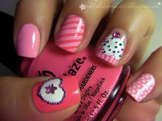 how about some cupcake nails to go with that cake!!