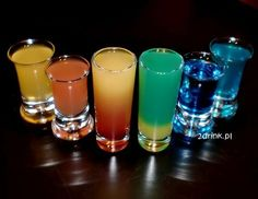 Alcoholic Drinks, Cocktails, Blue Curacao, Party Drinks, Yummy Drinks, Shot Glass, Food And Drink, Cooking, Tableware