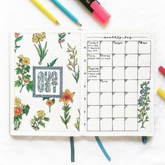 August monthly spread ! Went a little overboard with the flowers here #Regram via @bluelahe