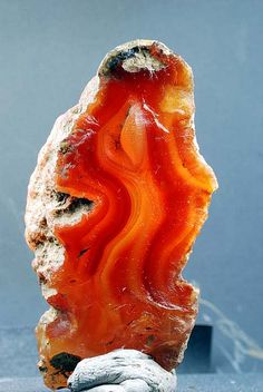AGATE - And the third row (of the priest's breastplate) an agate. RExodus28:19, Exodus 39:12