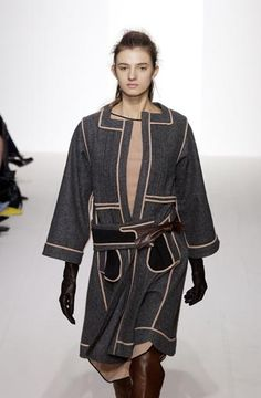 Marni - Ready-to-Wear - Runway Collection - Women  Fall / Winter 2003