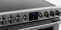 Frigidaire Professional FPEH3077RF Freestanding Electric Range Review - Reviewed.com Ovens