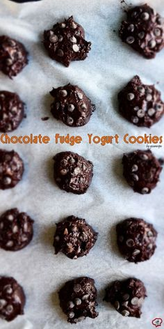 These Chocolate Fudge Yogurt Cookies have no butter or oil and loaded with chocolate flavor. Greek yogurt is a great substitute and makes these super moist! Chocolate Chip Cookies, Chocolate Fudge, Chocolate Flavors, Chocolate Recipes, Cheap Chocolate, Chocolate Yogurt, Chocolate Chips, Yummy Cookies, Yummy Treats