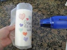 The best DIY projects & DIY ideas and tutorials: sewing, paper craft, DIY. DIY Gifts Ideas 2017 / 2018 Draw on wax paper with permanent markers, wrap around candle and heat until image is transferred. Cute Crafts, Creative Crafts, Crafts To Make, Crafts For Kids, Craft Gifts, Diy Gifts, Diy Projects To Try, Craft Projects, Do It Yourself Baby