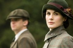 How to get the Downton Abbey look Fashion Kingdom Extravaganza  I love dame Maggie, but I love the hats even more!