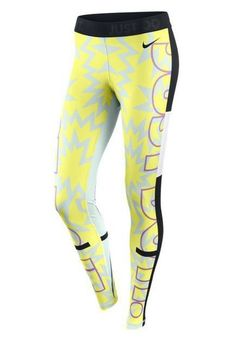 Nike leggings, great for running on cold dayz Workout Attire, Workout Wear, Athletic Outfits, Athletic Wear, Sport Fashion, Fitness Fashion, Fitness Wear, Nike Outfits, Sport Outfits