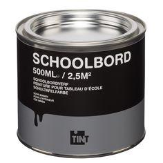 Deze verf op waterbasis is geschikt voor het maken van een schoolbord op een gladde ondergrond zoals een muur of een deur. Ook leuk in combinatie met magneetverf als ondergrond om een magnetisch schoolbord te maken. Inhoud: 500 ml (goed voor ongeveer 2,5 m2). Kleur: zwart. #kwantum #schoolbordverf