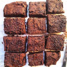 SWEET POTATOES CHOCOLATE BROWNIES - BROWNIE AL CIOCCOLATO DI PATATE DOLCI