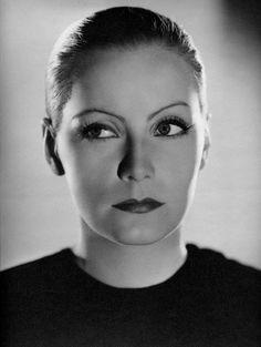 Greta garbo in the 1931 film mata hari who says there for Greta garbo morte