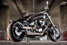 "Suzuki Intruder – Boulevard ""Big Bobber"" by Easy Custombikes Moto Suzuki Intruder, Harley Davidson Motorcycles, Cars And Motorcycles, Bobber, Top Watches For Men, M109, Spitting Image, Hot Bikes, Custom Bikes"