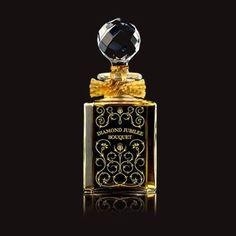 DIAMOND JUBILEE BOUQUET - Grossmith  Flacone in cristallo Baccarat inciso a mano con decori in oro zecchino. E' realizzato con stampi originali del 1919.