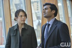 "Beauty and the Beast -- ""About Last Night"" -- Image Number BB216a_0326 – Pictured (L-R): Kristin Kreuk as Catherine and Sendhil Ramamurthy as Gabe - Photo: Ben Mark Holzberg/The CW -- © 2014 The CW Network, LLC. All rights reserved."