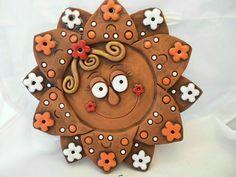 Clay Tiles, Ceramic Clay, Ceramic Pottery, Pottery Art, Clay Wall Art, Clay Art, Pottery Sculpture, Sculpture Clay, Clay Flowers