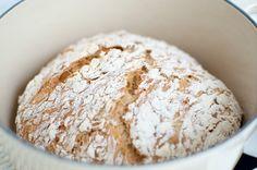 no knead bread Norwegian Food, No Knead Bread, Low Fodmap, Food Art, Baked Goods, Food And Drink, Yummy Food, Norway, Inspiration