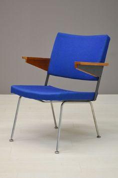 Blauwe Gispen stoel / Blue Gispen chair