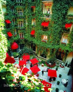 Hotel design - Hotel Plaza Athenee, Paris France.