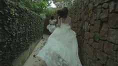 ... o atelier A MODISTA agora faz parte do guia do blog delicioso Vestida de Noiva    da Fernanda Floret ! http://www.vestidadenoiva.com/fornecedores/fornecedores/a-modista Photos Gleeson Paulino / Flower Design Vanessa Oz Flores https://www.facebook.com/www.amodista.com.br