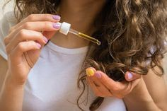 Comment épaissir les cheveux fins avec un seul ingrédient naturel