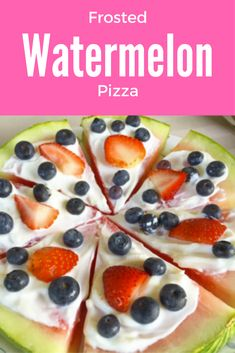 This watermelon pizza is such a cute healthy snack recipe!  Spread greek yogurt over your watermelon and top with more fruit for a delicious healthy dessert for kids and adults alike. #watermelon #dessert