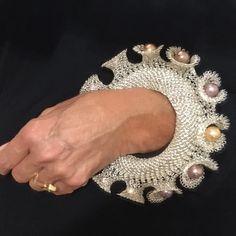 Crochet Jewellery, Textiles Techniques, Photo And Video, Diamond, Videos, Bracelets, Metal, Photos, Instagram