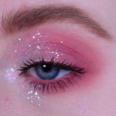 Eye Makeup Art, Makeup Inspo, Makeup Inspiration, Beauty Makeup, Doll Eye Makeup, Beautiful Eye Makeup, Pretty Makeup, Simple Makeup, Sparkly Makeup