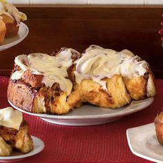 Very Merry Breakfast Muffins & Breads Cinnamon Rolls with Cream Cheese Icing