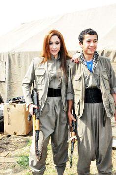 Kurdish singer - Çopî Fetah Outdoor Girls, Female Fighter, Military Women, Kurdistan, East Africa, Girl Next Door, First World, Middle East, Jin