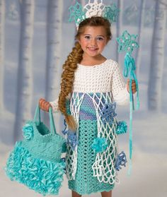 Snow Princess Dress Free Crochet Pattern from Red Heart Yarns - what a sweet and easy costume to make! Frozen Crochet, All Free Crochet, Crochet Girls, Crochet Baby Clothes, Crochet For Kids, Crochet Crafts, Crochet Yarn, Crochet Projects, Princess Dress Patterns