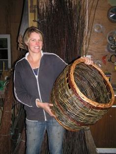 willow log basket from somerset willow grown in nz