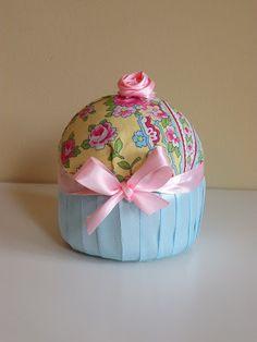 Icing Designs: DIY Fabric Cupcakes