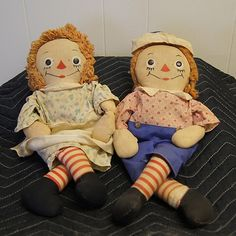 1947 Raggedy Ann and Andy Dolls.I would love to have them.  The oldest I have only go back to the 50s.