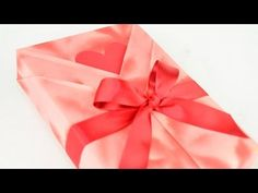 Japanese Gift Wrapping ~Kimono Style with a slot for a card or tag.  Very cute…