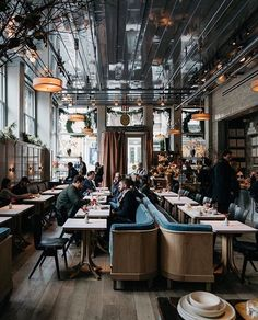 Industrial Style Restaurants in L.A You Can't Miss - Industrial Style Restaurants in L.A You Can't Miss – Decoration Restaurant, Design Bar Restaurant, Deco Restaurant, Restaurant Ideas, Industrial Restaurant Design, Restaurant Layout, Pub Decor, Luxury Restaurant, Restaurant New York