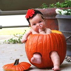 Cute idea for fall baby pictures