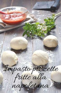 Finalmente ho trovato l'impasto perfetto per le pizzette fritte alla napoletana con cui potrete realizzare anche delle ottime montanare, le classiche pizzette tonde condite con salsa di pomodoro e basilico che si differenziano da quelle a forma di mezza luna ripiene di ricotta. #pizzafrittanapoletana #impastopizza #pizzafritta #pizzette #montanare #impastofacile #lentalievitazione #impastopizzette #furbo #facile #veloce #ricettaimpasto Pizza Fritta, Antipasto, Frittata, Broccoli, Hamburger, Salsa, Buffet, Appetizers, Food And Drink