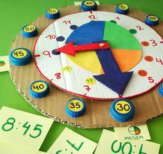 Reloj para aprender las Horas | Los Inventos de Mamá Toddler Learning Activities, Montessori Activities, Creative Activities, Animal Crafts For Kids, Kids Crafts, Learning Clock, Clock Craft, 1st Grade Math Worksheets, Clock For Kids