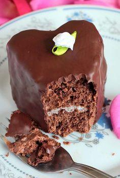 heart shaped chocolate raspberry cake b