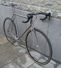 Moots titanium bike style. See more stylish women on bikes at melisinestudio.com and @melisinestudio on instagram.