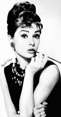 AUDREY HEPBURN Extra Large Beach Towel 91 x 160cm FULLY LICENSED Brand New
