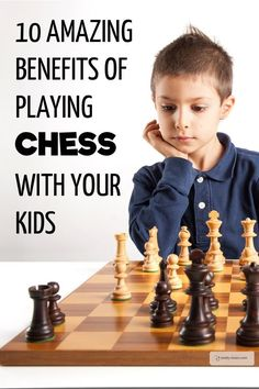 10 Amazing Benefits of Playing Chess with Your Kids. Have you ever thought about playing chess with your kids? It's great fun AND it's great for those little brains as well. Learning Activities, Kids Learning, Learning Time, Kids And Parenting, Parenting Hacks, Chess Quotes, Family Game Night, Family Activities, Games For Kids