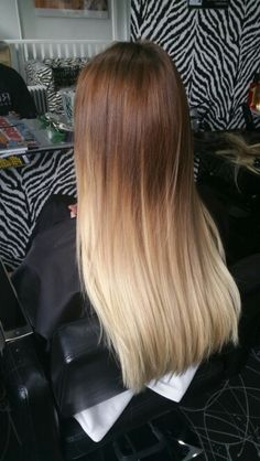 Flawless roots/ dip dye hair brown to blonde and perfectly straight long hair extensions!